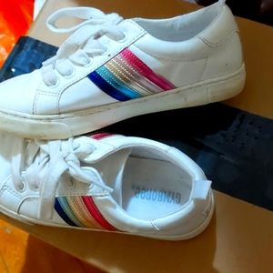 Gymboree Metallic rainbow sneakers